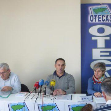 OTECAS denuncia la discriminación salarial y la jornada lectiva de la enseñanza concertada en Asturias