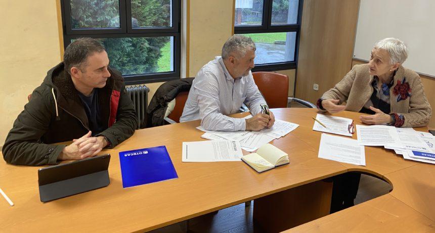 OTECAS mantiene una segunda reunión con la  Consejera, Carmen Suárez